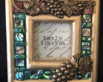 Grape Cluster Motif Picture Frame