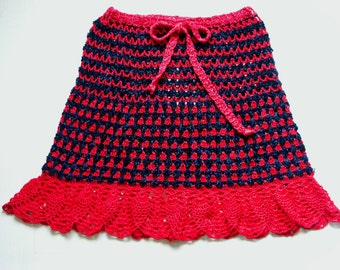 Crocheted Skirt red / black