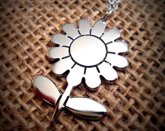 Daisy Flower Necklace - Flower Necklace - Daisy Pendant