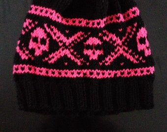 Skull knitted hat!