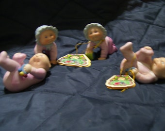 vintage 4 small new  cabbage patch kids figurines