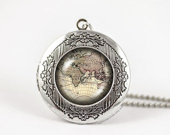 World map Necklace · Gift for her · Gift for him · Handmade · Map Jewelry · personalized locket · Gift for traveller · Travel gift · gift