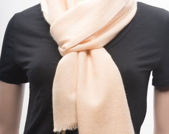 UItra-fine Handwoven Cashmere Scarf