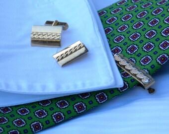 Swank Gold Tone Cufflinks and Tiebar Chain Link Pattern              00253