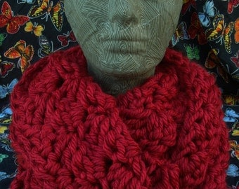 Chunky Infinity Scarf in Brick Red