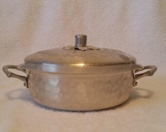 Vintage Aluminum Casserole kitchenware Everlast Forged Aluminum