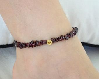 Garnet Anklet, Gemstone anklet, Genuine Garnet Jewelry, Gemstone Jewelry, Garnet Delicate Anklet, tiny skull anklet, gold skull