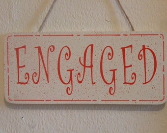 Lovely Decorative Hand crafted Wooden bathroom door sign ENGAGED / VACANT (red on cream)