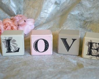 decorative blocks & cubes/ shabby chic/