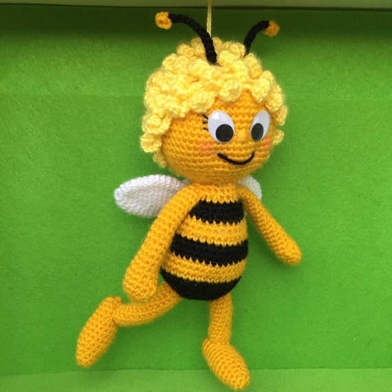 Amigurumi Basic Doll Pattern : Maya the Bee Amigurumi Crochet Pattern