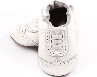 Wingtip leather baby shoes, white, boy or girl, baptism shoes, christening shoes, dressy leather shoes