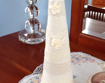 Antique Lace Victorian Tree