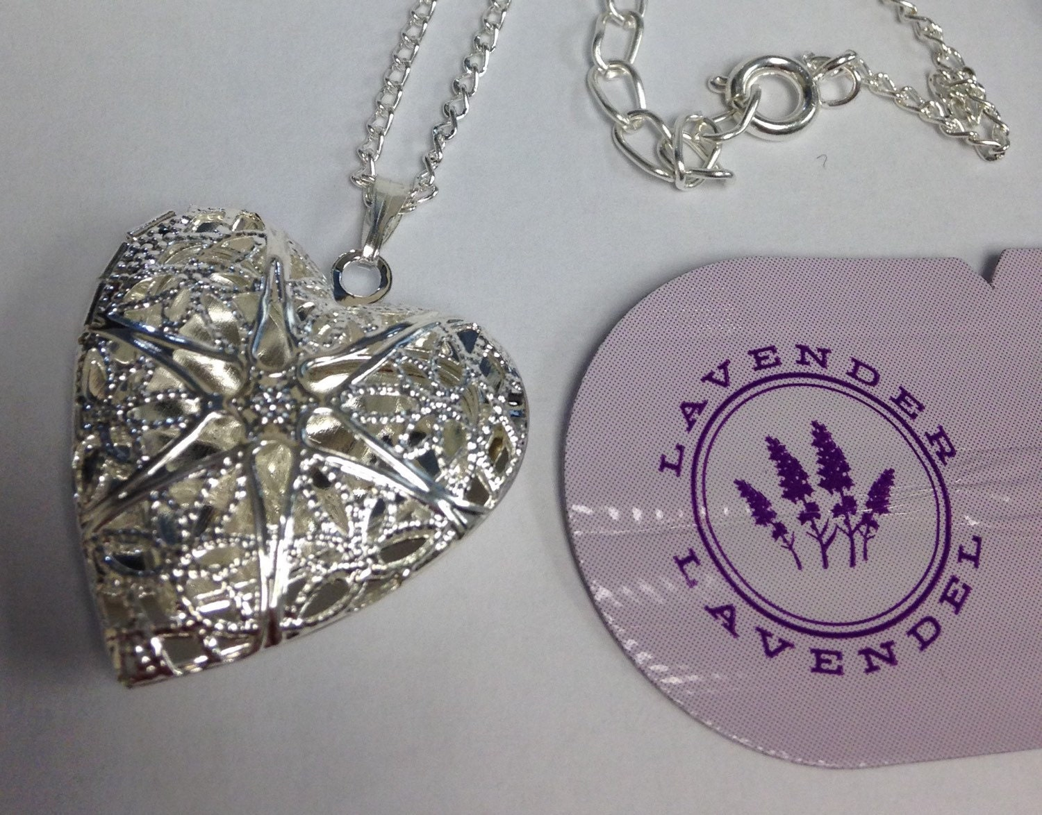 diffuser heart necklace w free young living by supershop85