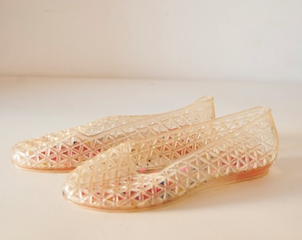 Vintage Jelly Ballet Sandals Flats / Women's Fashion / Summer shoes / Shoes for sea / Nude pink rubber flats / plastic flats / for beach