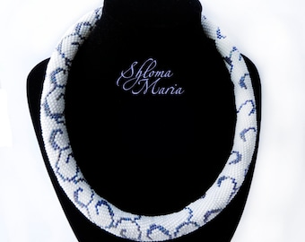 "Bead Crochet Necklace ""Magic curl"""