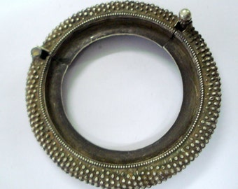 vintage antique ethnic tribal old silver bangle bracelet cuff gypsy hippie