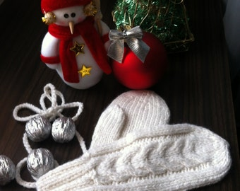 Hand Knit White Mittens For Your Angels