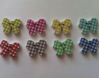 15 x wooden 2 hole bow buttons