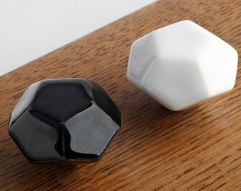 Dresser Knobs Drawer Knob Pulls Handles / Kitchen Cabinet Knobs / Door Knob Modern Furniture Hardware Black White Diamon