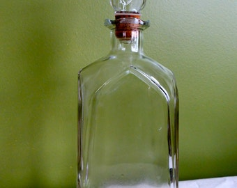 Vintage Square Glass Liquor Decanter Cork Stopper Facet Glass Retro Shape Mad Men Whiskey Holder