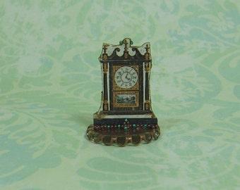 Dollhouse Miniature Mantel Clock Stand Up - B