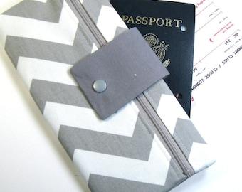 Travel Wallet Passport Cover Travel Organizer with Zipper Pouch - Gray & White Chevron