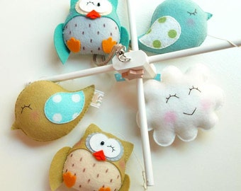 Musical Baby Mobile Friendly Owls and Birds, Custom Color Mobile, Owl Theme, Hanging Crib Baby Mobile for Baby Nursery or Kids Room Decor