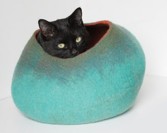 Cat Bed / Cave / House / Vessel - Hand Felted Wool - Rusty Mint Bubble - Crisp Contemporary Design