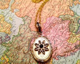 Black Stone Gold Locket Necklace