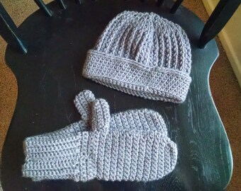 Matching Hat and Mitten Set