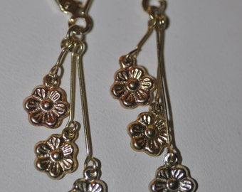 Vintage Tri Colored Gold puffy Flower Dangle Earrings