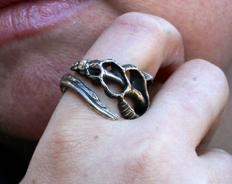 Sterling silver sliced shell ring with or without pink sapphires by Zulasurfing