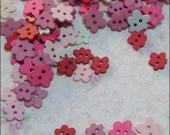 30 pcs Cloud / Flower Buttons Mixed Color Mixed Size Scrap booking / Blythe / Doll Supply