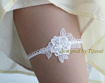Wedding Bridal Flower Garter, white lace garter--size S/M