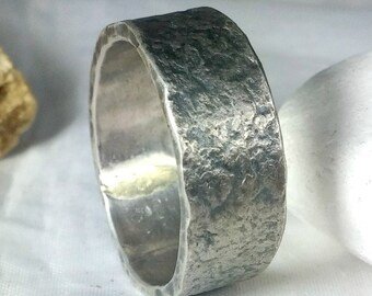 Men's Wedding band,  Rugged Silver Wedding Band, unisex jewelry, 8 mm  recycled silver band, Rustic wedding ring