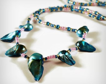 Ocean Blue, Pearl Necklace Mabe, Pink and Blue, 7 mabe Pearls, beaded pearl necklace, Art Careers Sarahbushka
