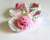 Baby Girl Shoes Baby Booties Soft Sole Shoes Pink and Gold Chevron zig zag with flower Newborn Girl Slippers non slip gift SWAG Shower Gift
