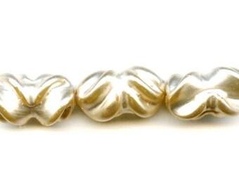Huge Vintage Japanese Glass Pearls, Ruffled Handmade Lampwork (3)