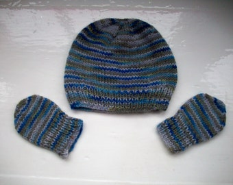 Baby hat mittens first size boy girl knit hand dyed blue grey by Spinningstreak