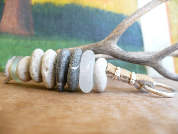 WHEELIES TO GO... cairn stacked keychain-lucky stones-pebbles-sea glass sweetheart gift-good luck-key