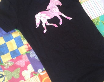 NEW Little girls pony horse tshirt black fitted size medium with pink floral print horse