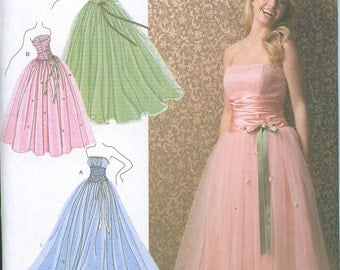 OOP Prom Dress Gown Formal Jessica McClintock Simplicity Pattern 3878 Sizes 12-14-16-18-20