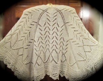 Sea Lily Creamy White Shawl(ette)
