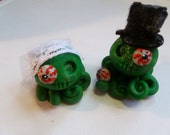 Zombie Octopus Wedding Couple Eye Do Cake Topper Set of Two Choose your Couple and Gore Factor