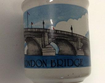 Vintage souvenir London Bridge Mug