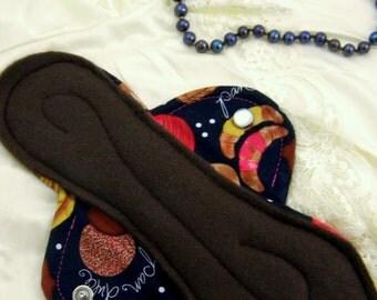 Single Overnight Maxi pad- Heavy Flow, Reusable Cloth Menstrual Pads/ Cloth Pads/ Reusable/ Leakproof- Sombra De La Rosa