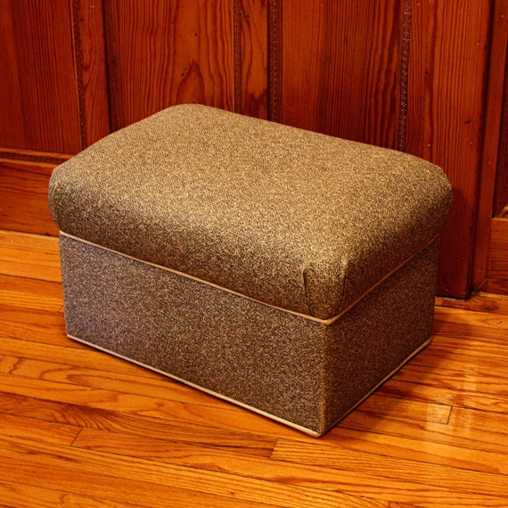 Vintage storage hassock foot stool ottoman by oldcottonwood for Small storage hassocks