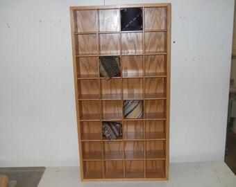 Tie rack, Tie holder, tie storage, tie display  T32