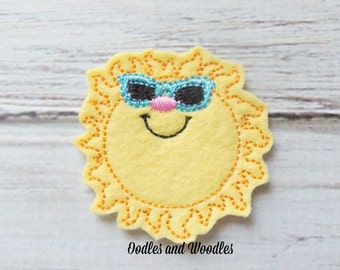Sun With Glasses Felt Appliques,  Sunshine Appliques, Happy Sunshine Appliques,  Set of 4 Sun Appliques, Beach Appliques, Sunshine Felties