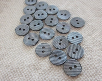 20 Small Ridged Grey Shell Buttons